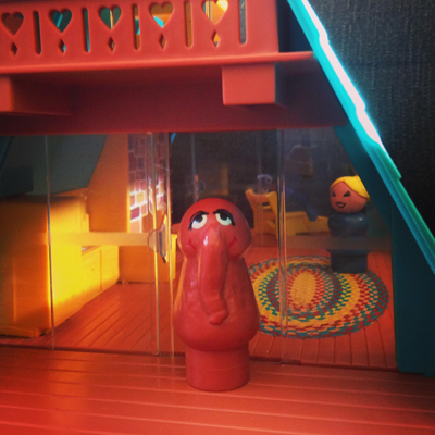 the real reason we rarely see snuffy: he lives in an a-frame in upstate new york with his hot wife cindy, who is VERY satisfied, if you know what i mean...
