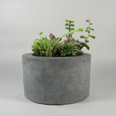 etsy : roughfusion : round concrete planter